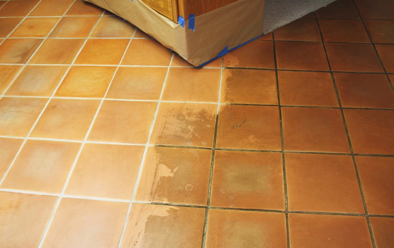 tile-cleaning-plantation-before-after
